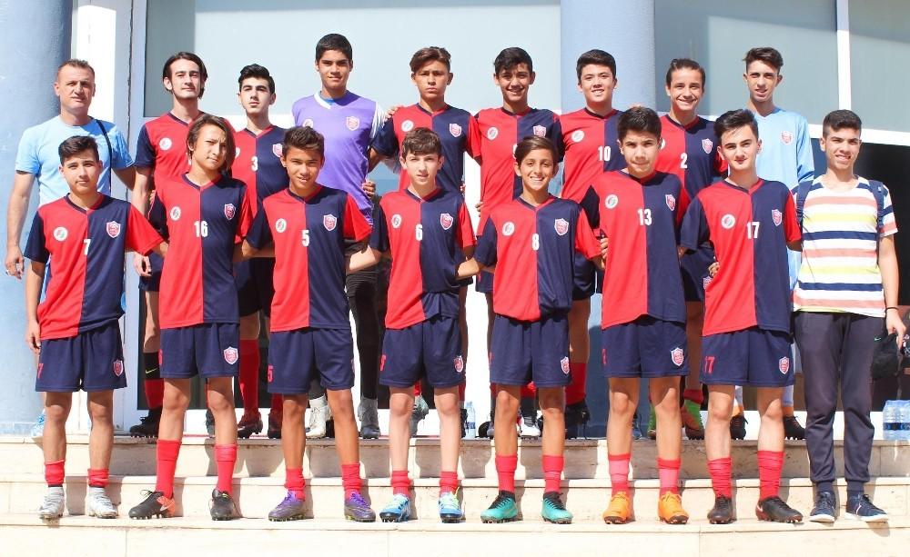 Kepez U15 takımında galibiyet sevinci