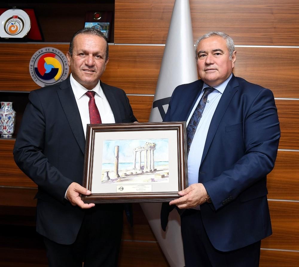 KKTC Turizm ve Çevre Bakanı Fikri Ataoğlu'ndan ATSO'ya ziyaret