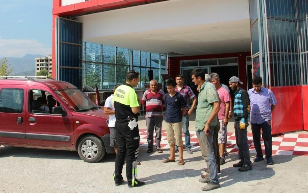 Kumluca polisinden esnafa uyarı