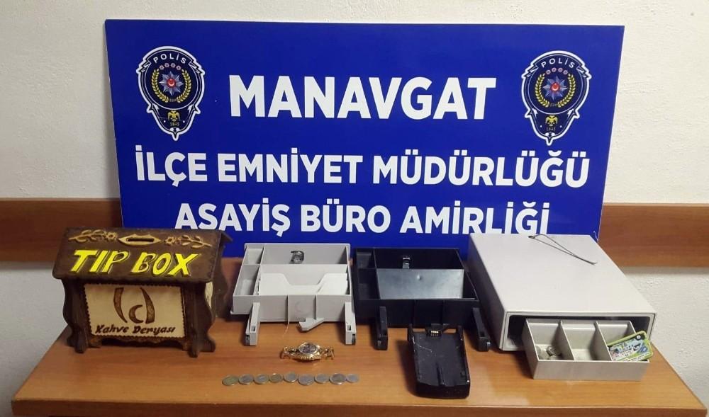 Manavgat'ta iş yeri hırsızı yakalandı
