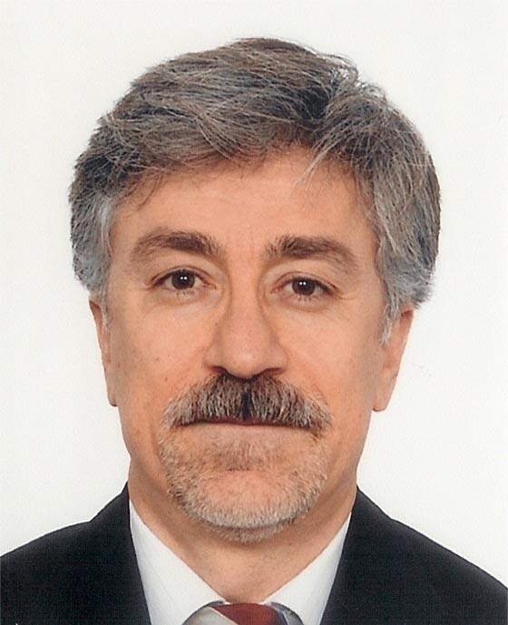 """Prof.Dr. Alpsoy, """"Tıp Bilimine Yön Veren 100 Türk"""" kitabına adını yazdırdı."""