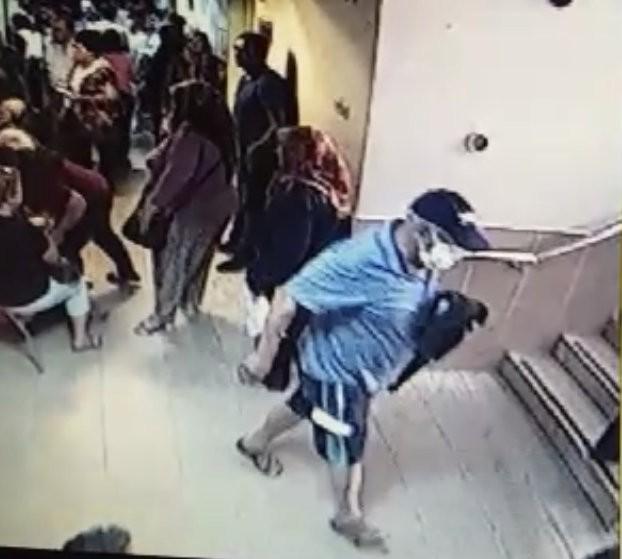 Steril maske ve hasta taklidiyle muayene sırasındaki hastanın 15 bin TL'sini çaldı