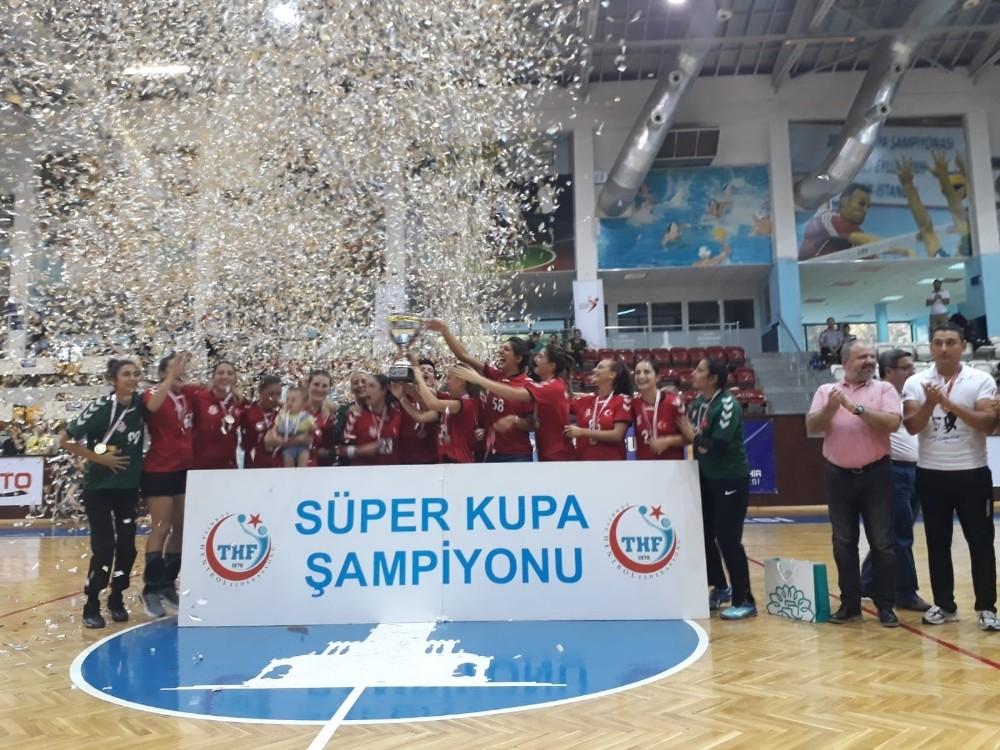 Süper Kupa Muratpaşa'nın