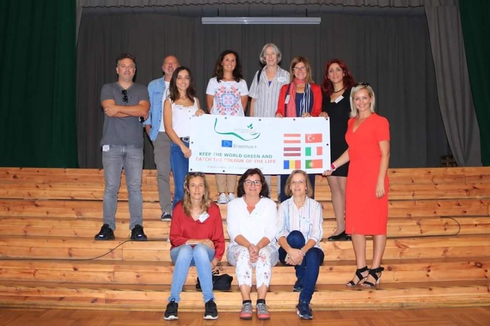 AB'li öğrenciler çevre konulu ERASMUS projesini Antalya'da tamamladı