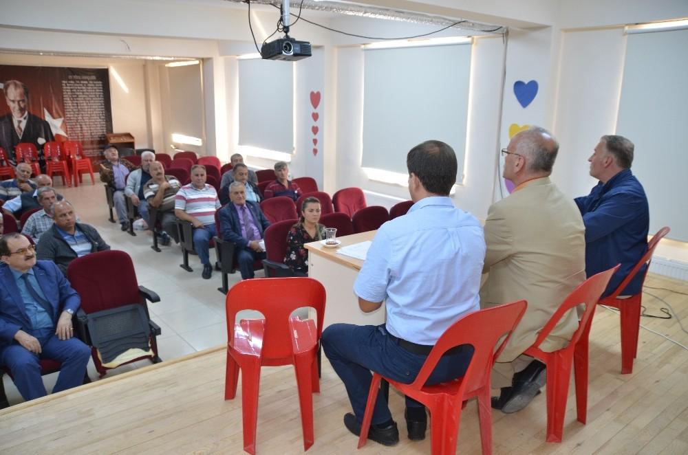 Akseki'de öğrenci servis şoförlerine eğitim