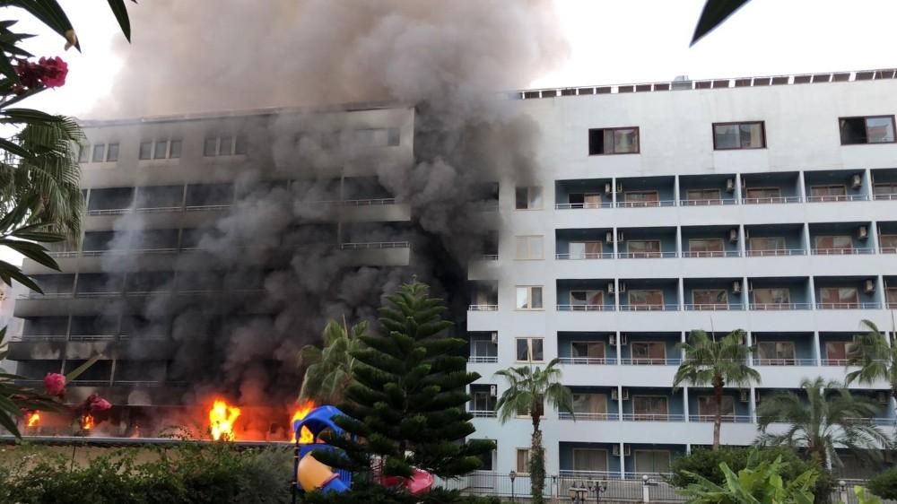 Alanya'da 4 yıldızlı otelde yangın paniği
