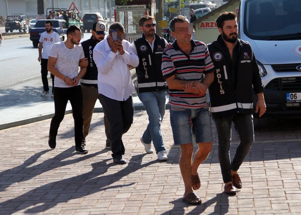 Alanya'da kaçak içki operasyonuna 2 tutuklama