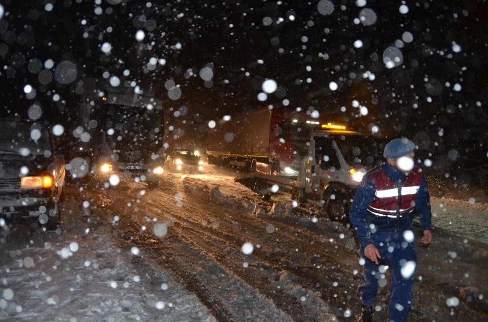 Antalya-Konya Karayolu trafiğe kapandı