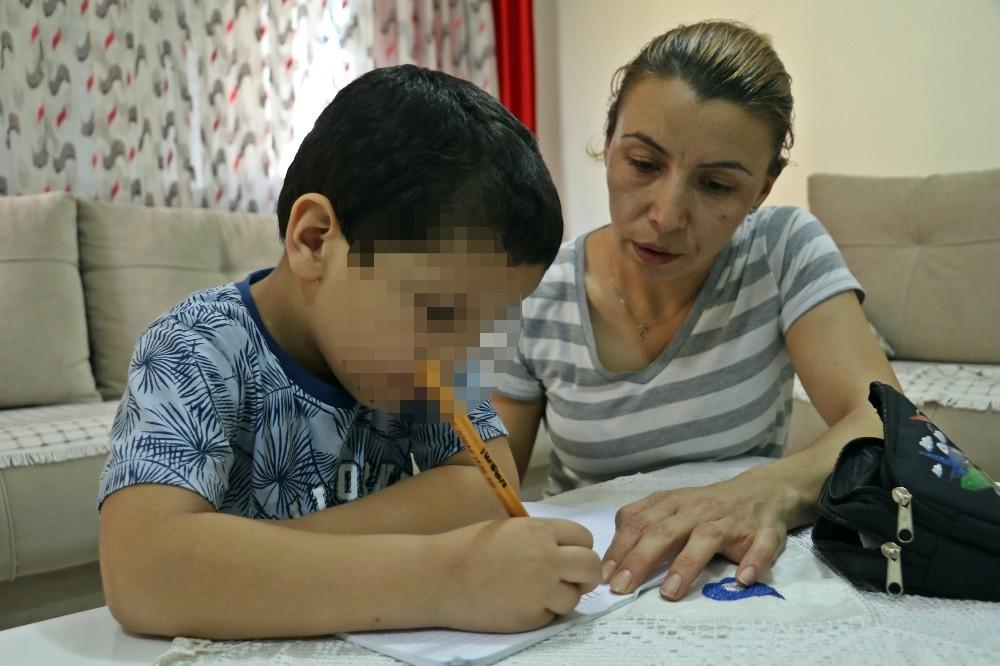 Antalya'da 5 yaşındaki hiperaktif çocuğa kreşte darp iddiası