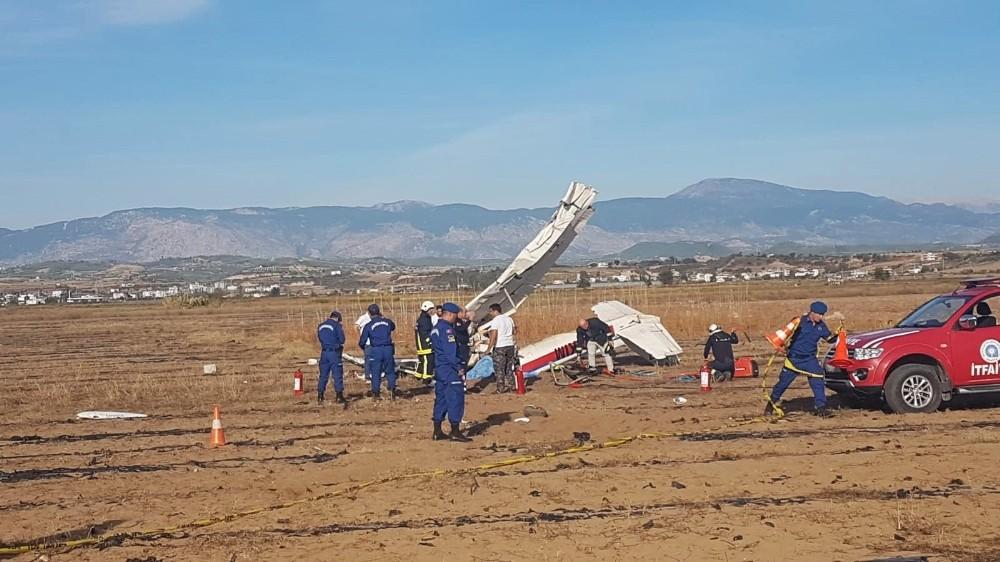 Antalya'da keşif uçağı düştü: 2 ölü (1)