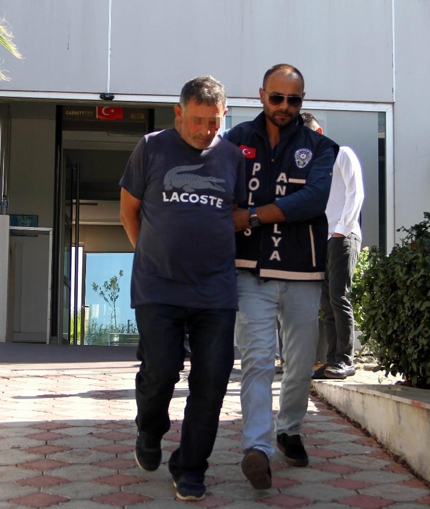 Antalya'da sevgilisini öldüren zanlı tutuklandı