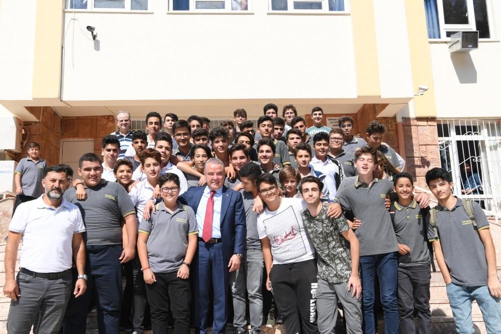 Başkan Böcek, Konyaaltı Lisesi'nde