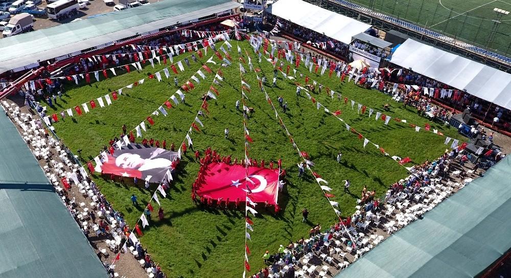 Başpehlivanlar dev Türk Bayrağı altında toplandı