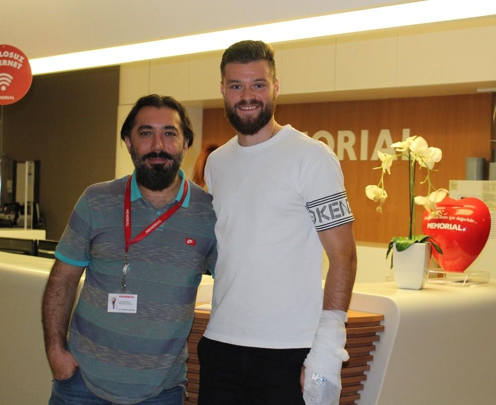 Celustka Trabzonspor maçına yetişecek
