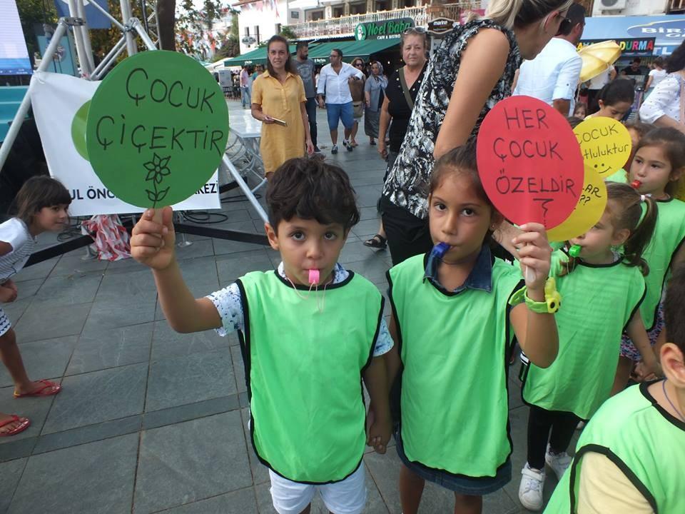 Kaş'ta Dünya Çocuk Günü etkinliği