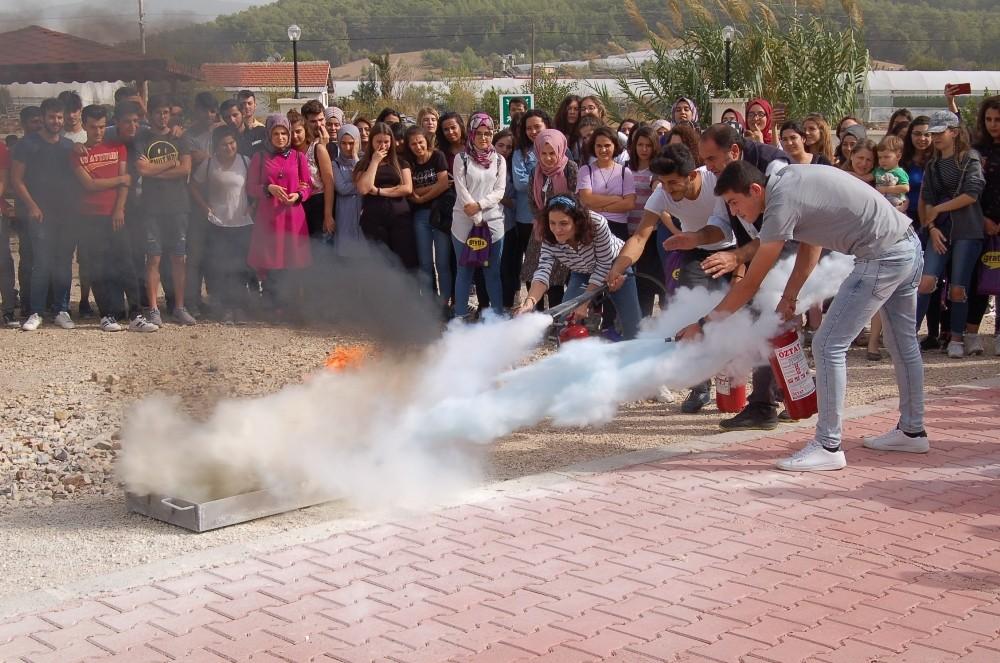 Kumluca Sağlık Bilimleri Fakültesi'nde Yangın Tatbikatı