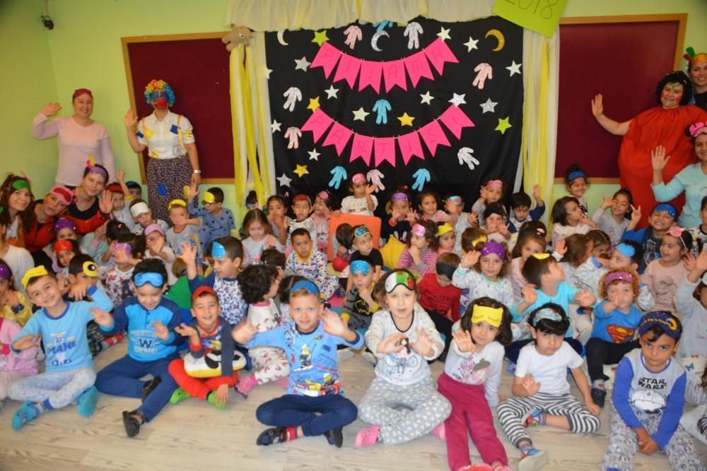 Manavgat Belediyesi kreşinde pijama partisi