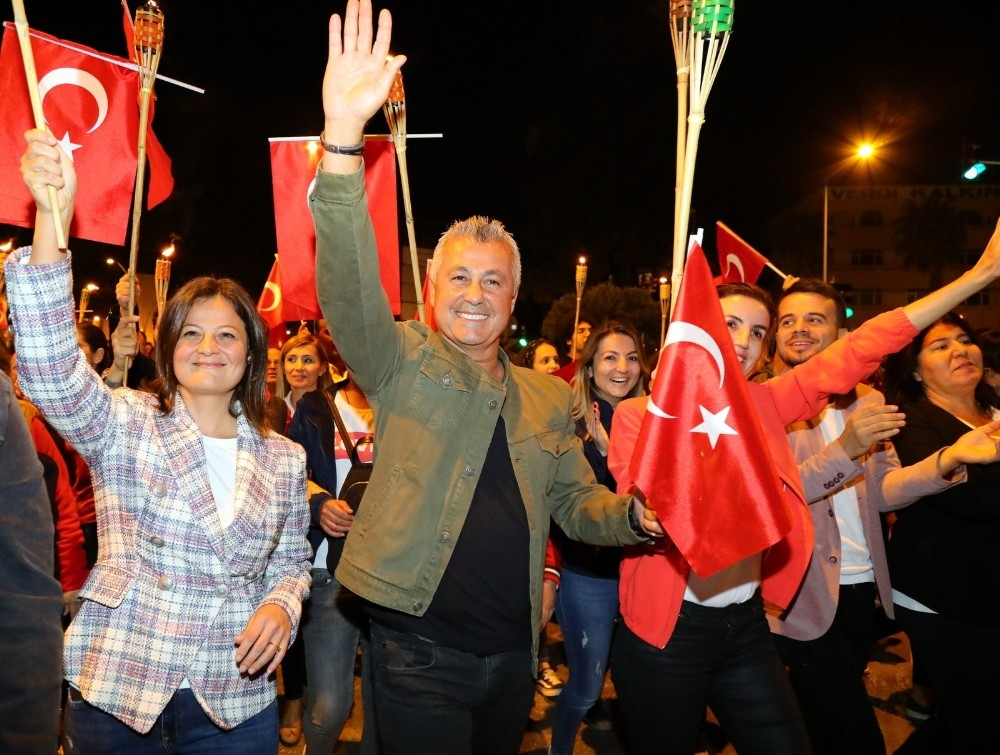 Manavgat'ta 3 gün 3 gece Cumhuriyet coşkusu