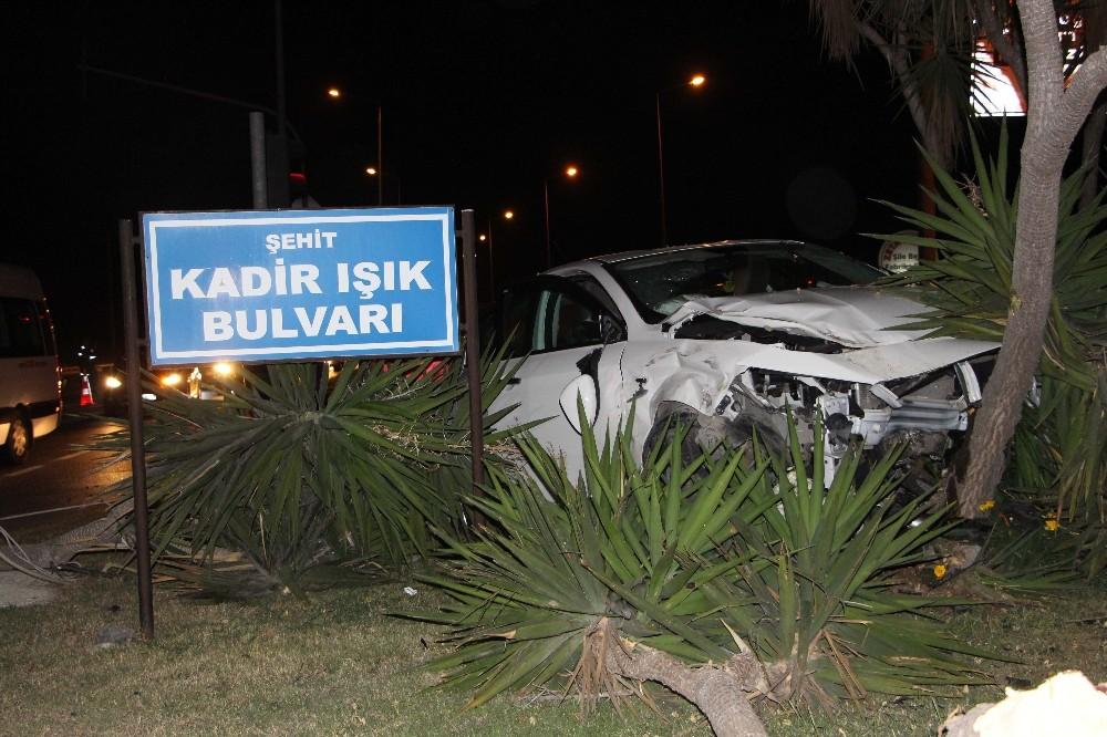 Manavgat'ta trafik kazası: 3'ü çocuk 8 yaralı