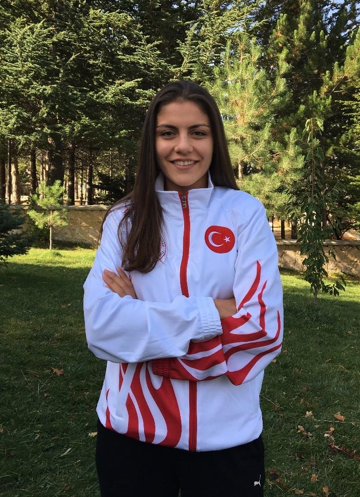 Millilerin hedefi, Avrupa Kikcoks Şampiyonası'nda altın madalya