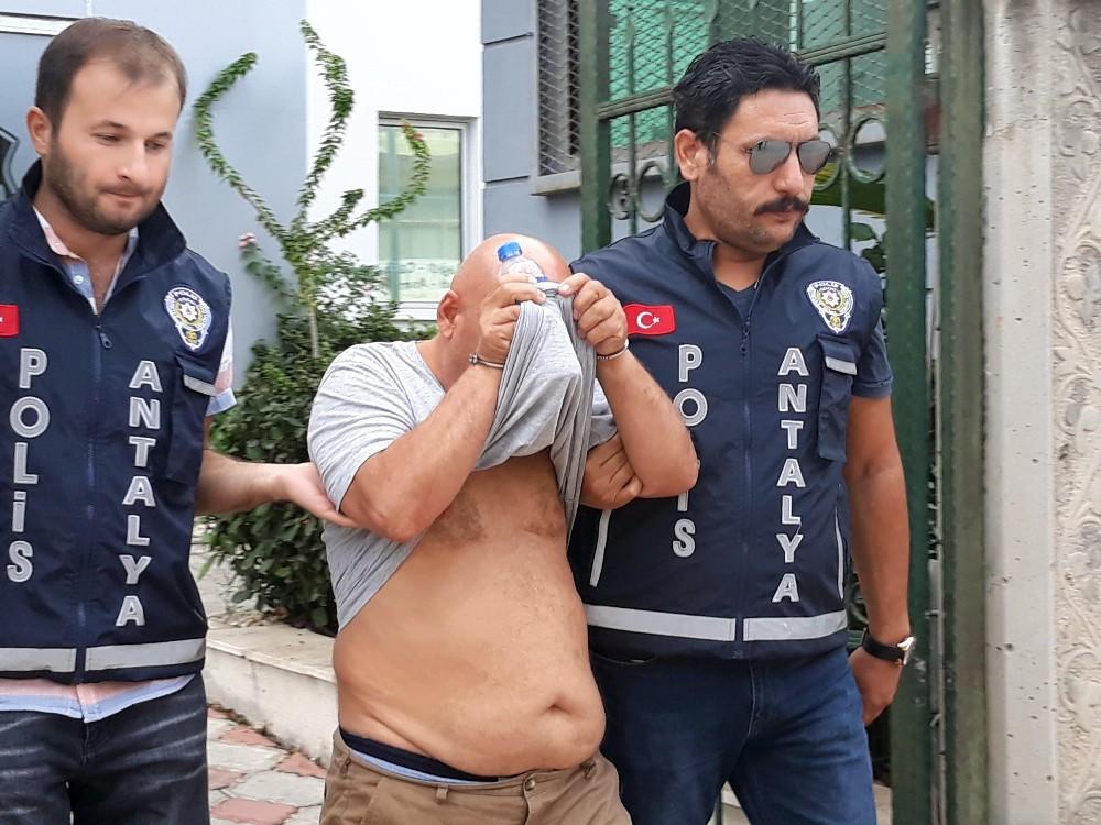 Sahte kardiyoloji doktoru operasyonla yakalandı
