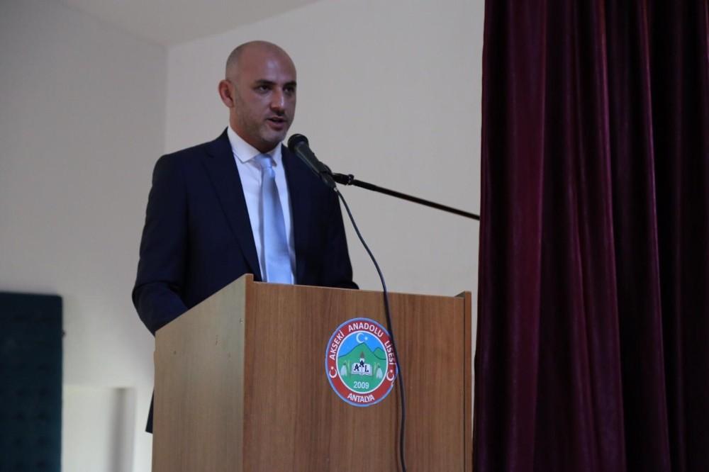 Şehit ve Gazilere Saygı konferansı
