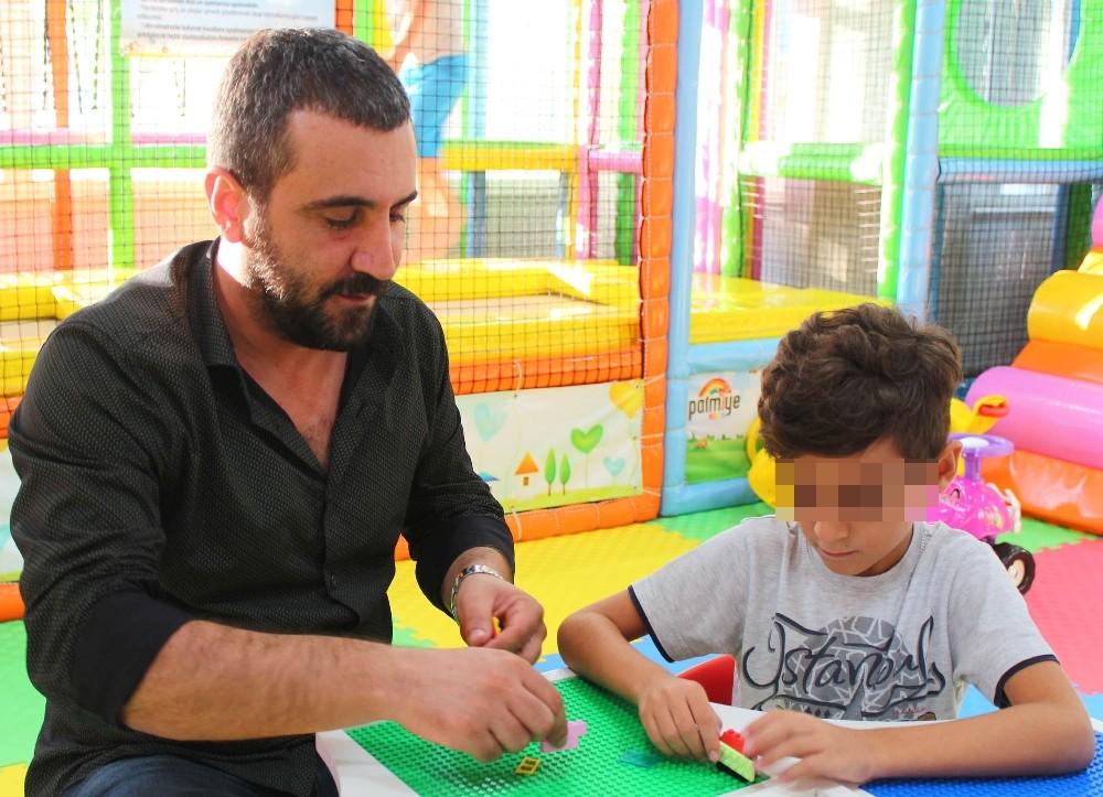 Servis parası ödenmedi diye çocuğun okulda bırakıldığı iddiası