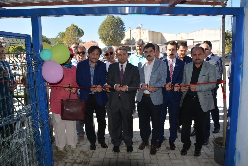 Sokak Hayvanları Rehabilitasyon Merkezi Açıldı