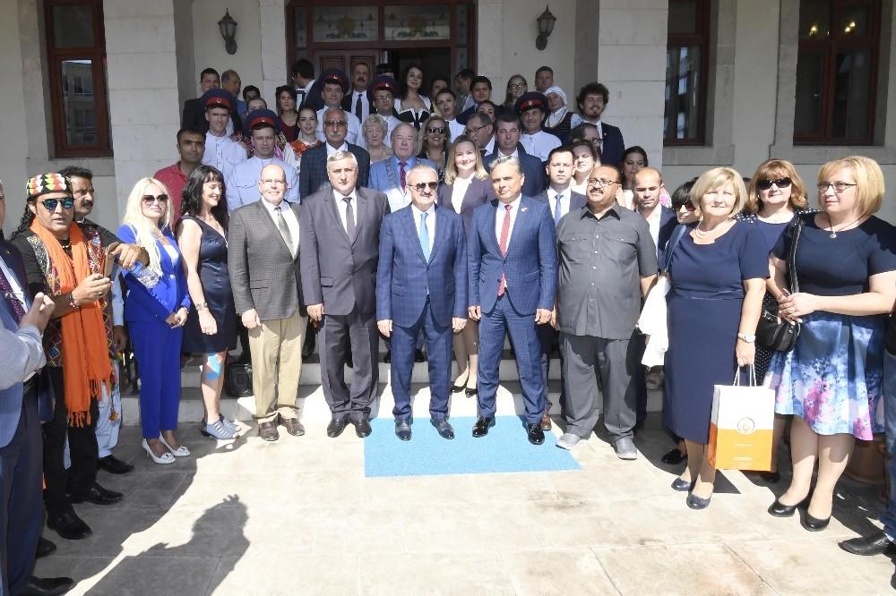Vali Karaloğlu, Kaleiçi Festivali heyetini ağırladı