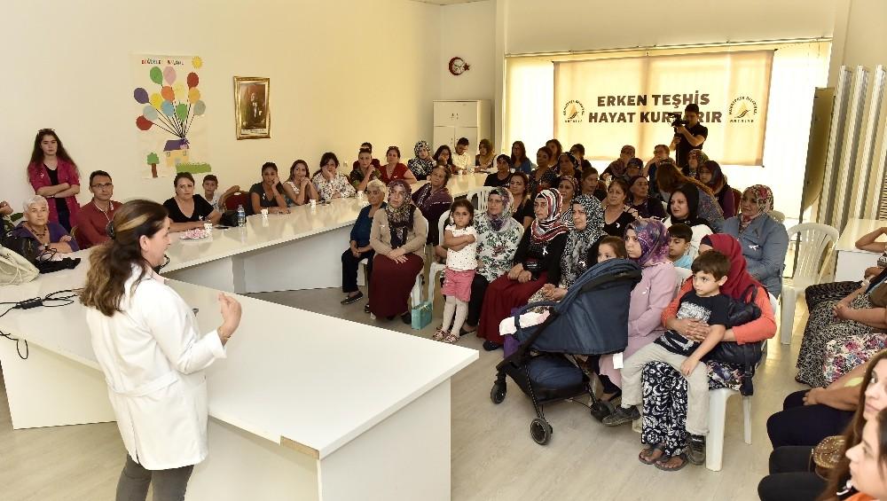Zeytinköy'de meme kanseri bilgilendirme toplantısı