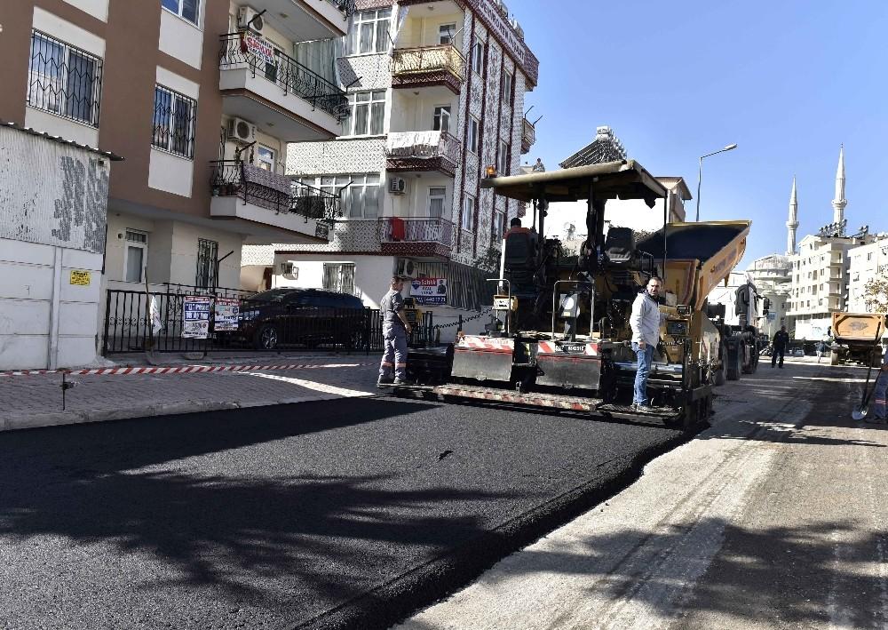 11 bin nüfuslu mahalleye 11 ton asfalt daha