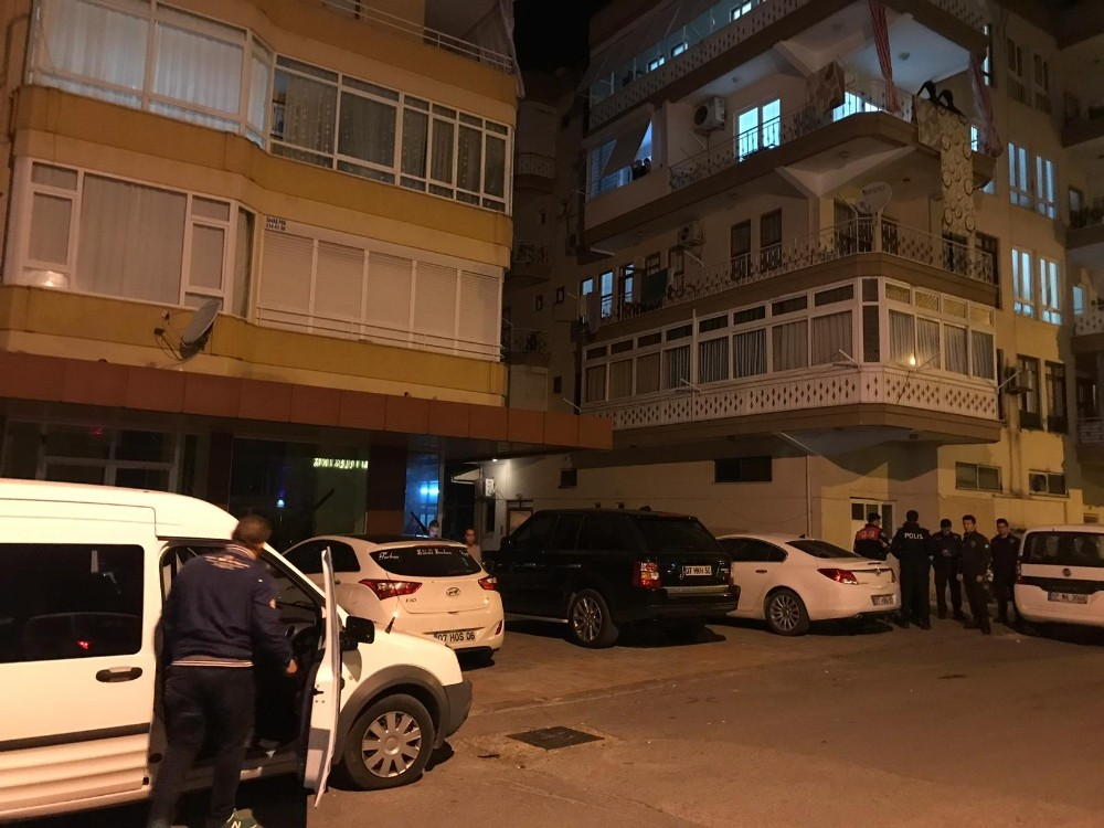 Alanya'da iki oğlunu silahla yaralayan baba gözaltına alındı
