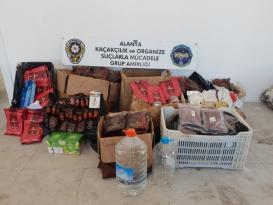 Alanya'da kaçak nargile tütünü operasyonu