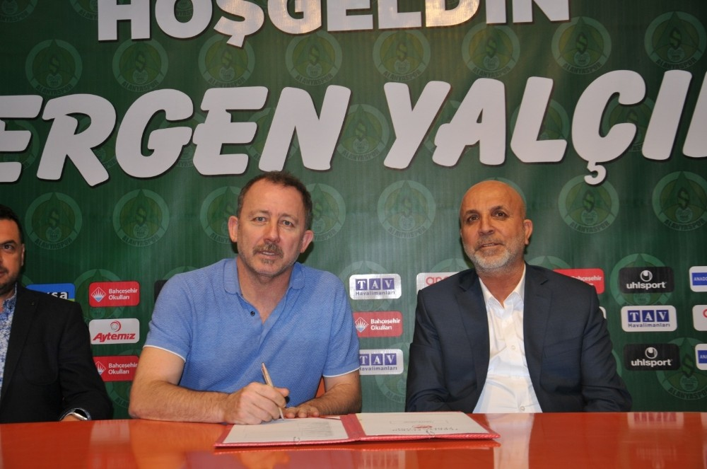 Alanyaspor, Sergen Yalçın ile sezon sonuna kadar anlaştı