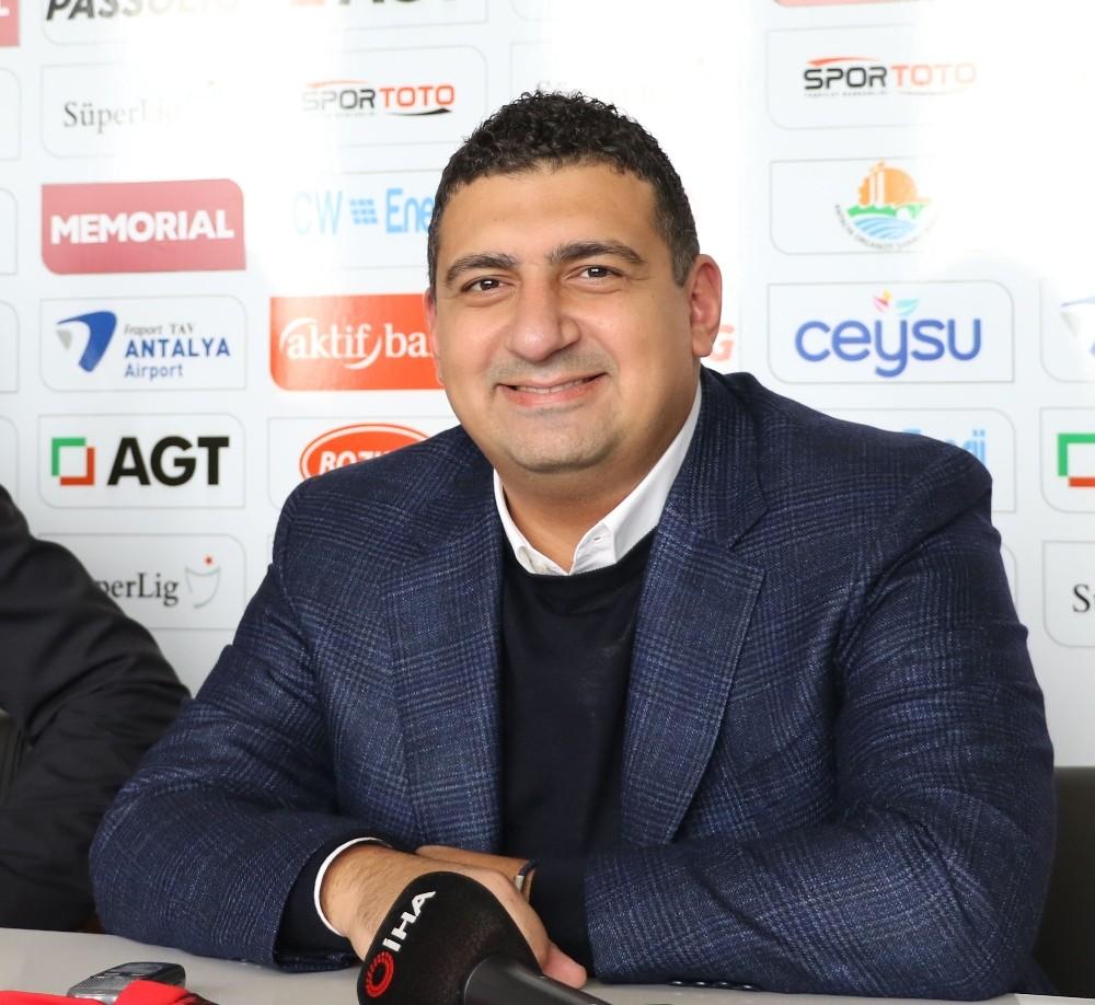"""Ali Şafak Öztürk: """"Erzurumspor maçı ile galibiyetlere başlayacağız"""""""