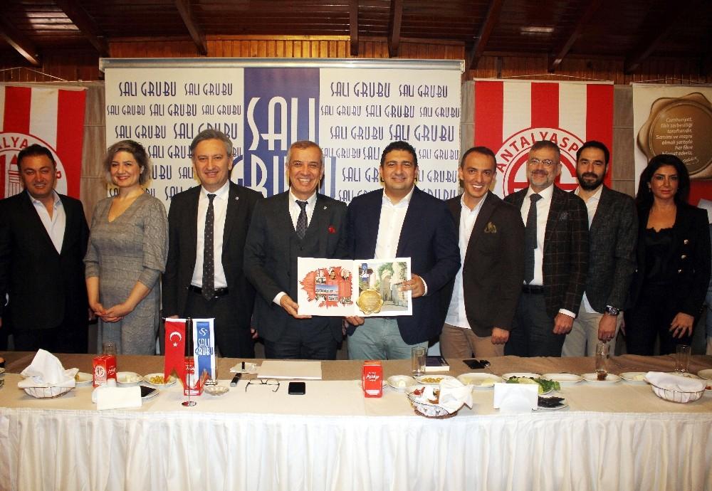"""Antalyaspor Başkanı Öztürk: """"Kulüp kültürünü geliştireceğiz"""""""