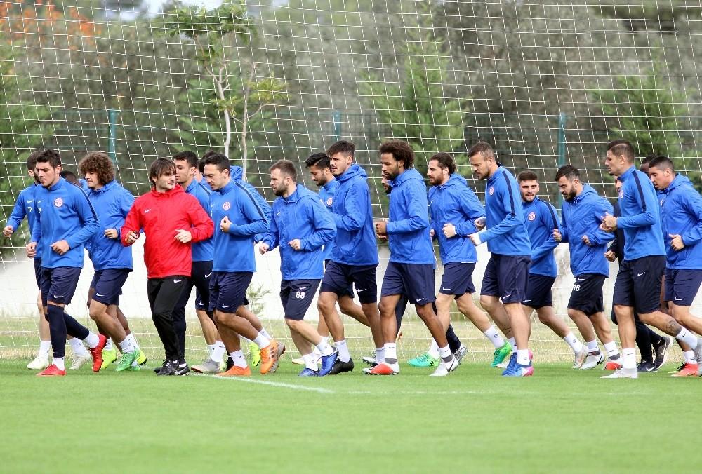 Antalyaspor, Göztepe maçının taktiğini çalıştı