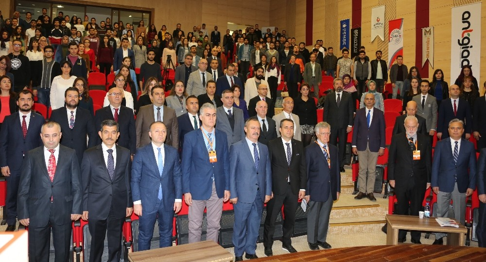 AÜ Uluslararası Antalya Kent Ekonomisi Sempozyumuna ev sahipliği yaptı