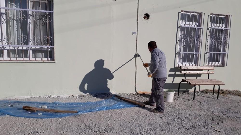 Büyükşehir'den ibadethane ve okullara bakım onarım