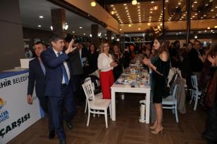 Büyükşehir'den Öğretmenler Günü kutlaması