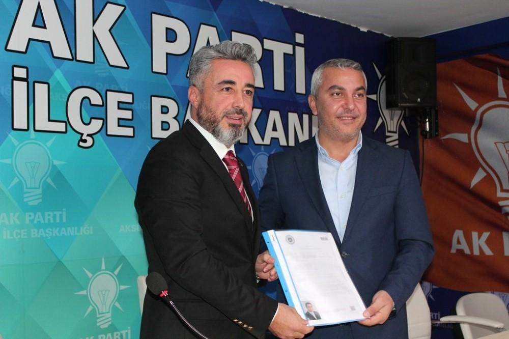 Deniz Karataş Ak Parti'den Aksu'da aday adaylığına başvurdu