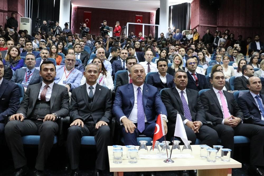 """Dışişleri Bakanı Çavuşoğlu, """"Cesedin parçalanması önceden planlandı"""""""
