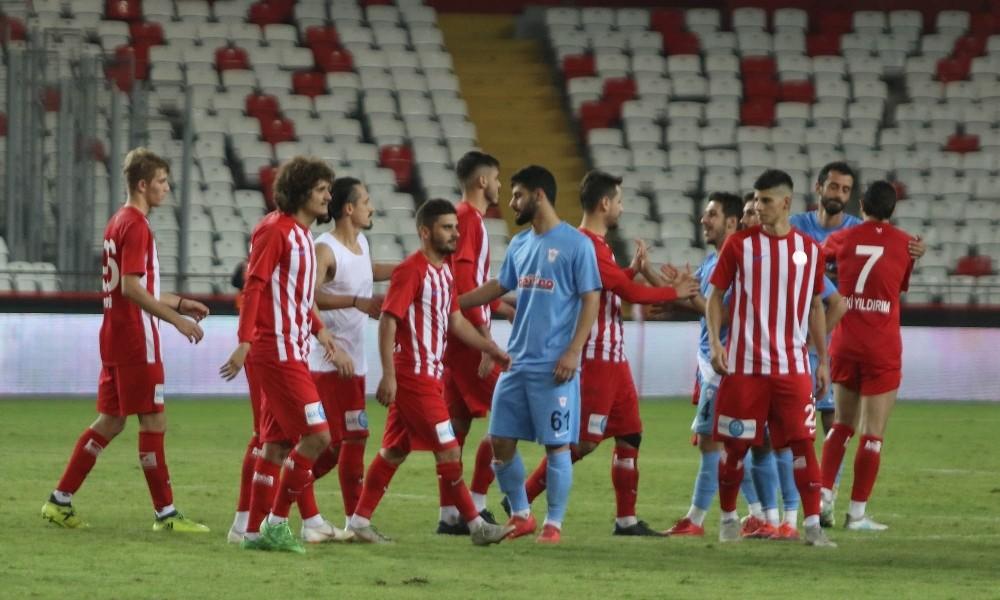 Erzurum'da tarihi maç