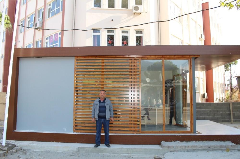 Finike Hasyurt'a modern muhtar evi