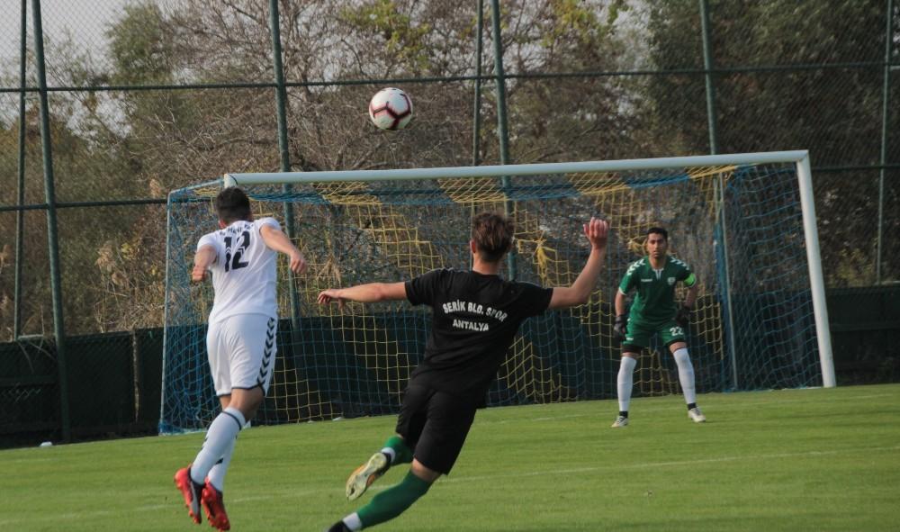 Hazırlık maçı: Serik Belediyespor U19: 2 – Afganistan: 3