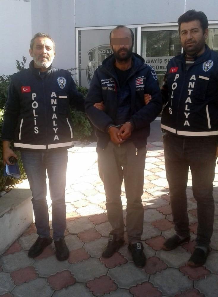Isınmak için ambulans çalan şüpheli tutuklandı