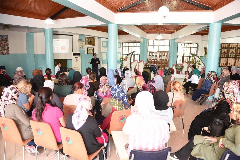 Kepez'den sağlık semineri