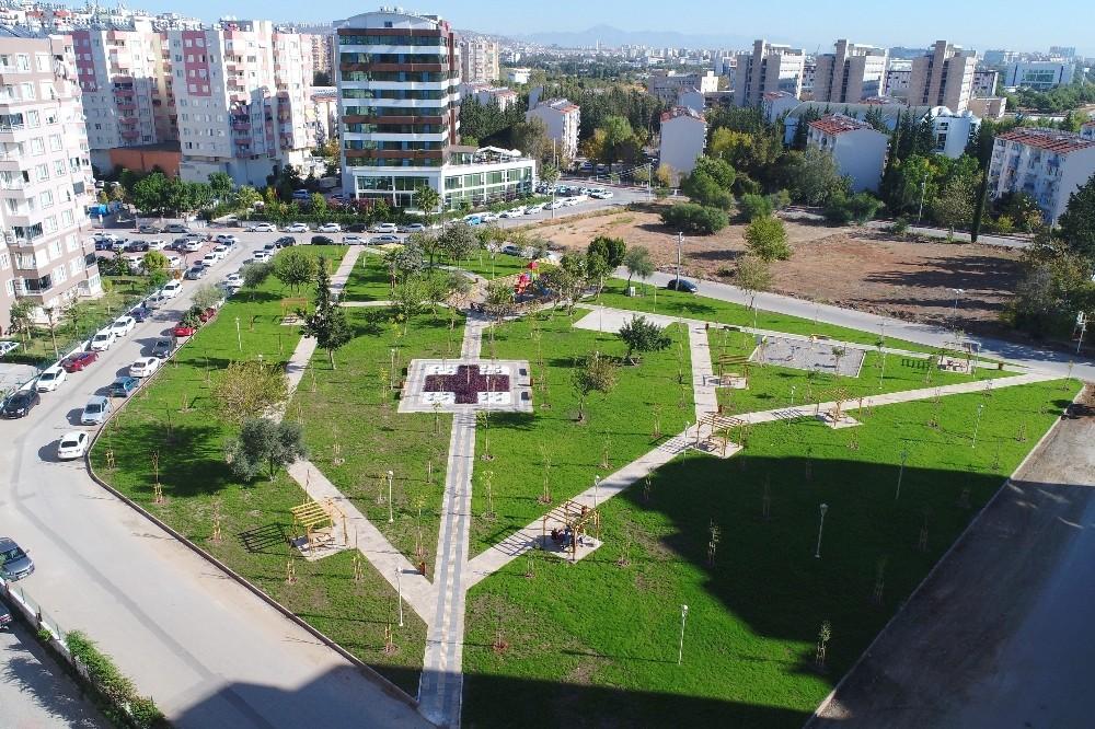 Konyaaltı Siteler Mahallesi'nde çocuk bahçesi hizmete açıldı