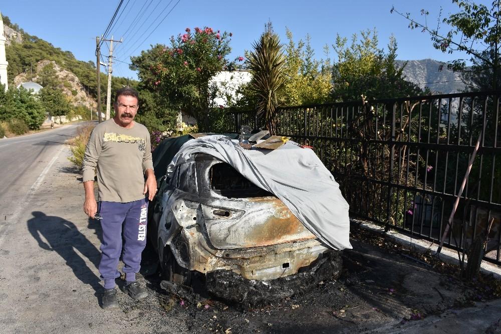 Kumluca'da araç yangını