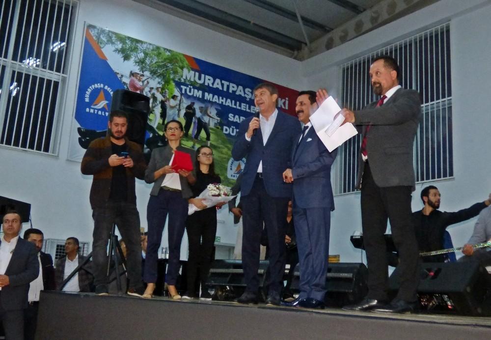 Muhtar adayından belediye başkanlarını kıskandıracak seçim çalışması